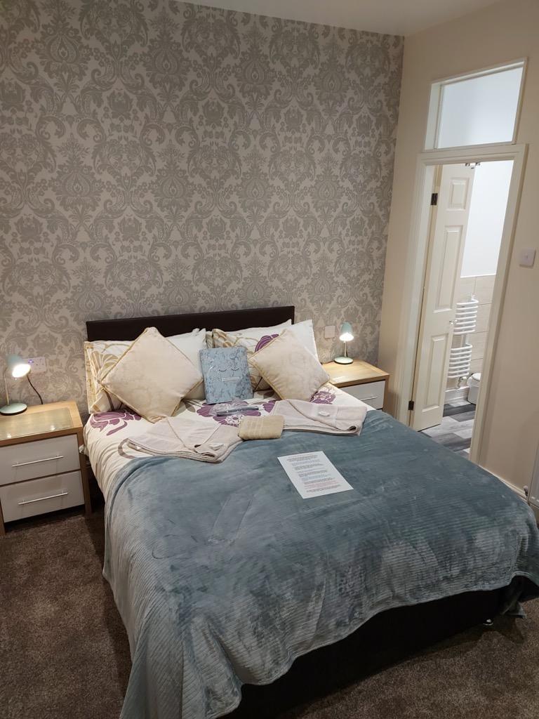 Ponderosa B&B Blackpool En-suite Rooms